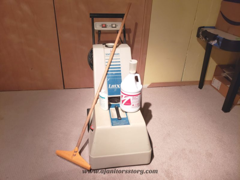 best carpet cleaning systems. LMX carpet cleaning machine with gallon of solvent on top