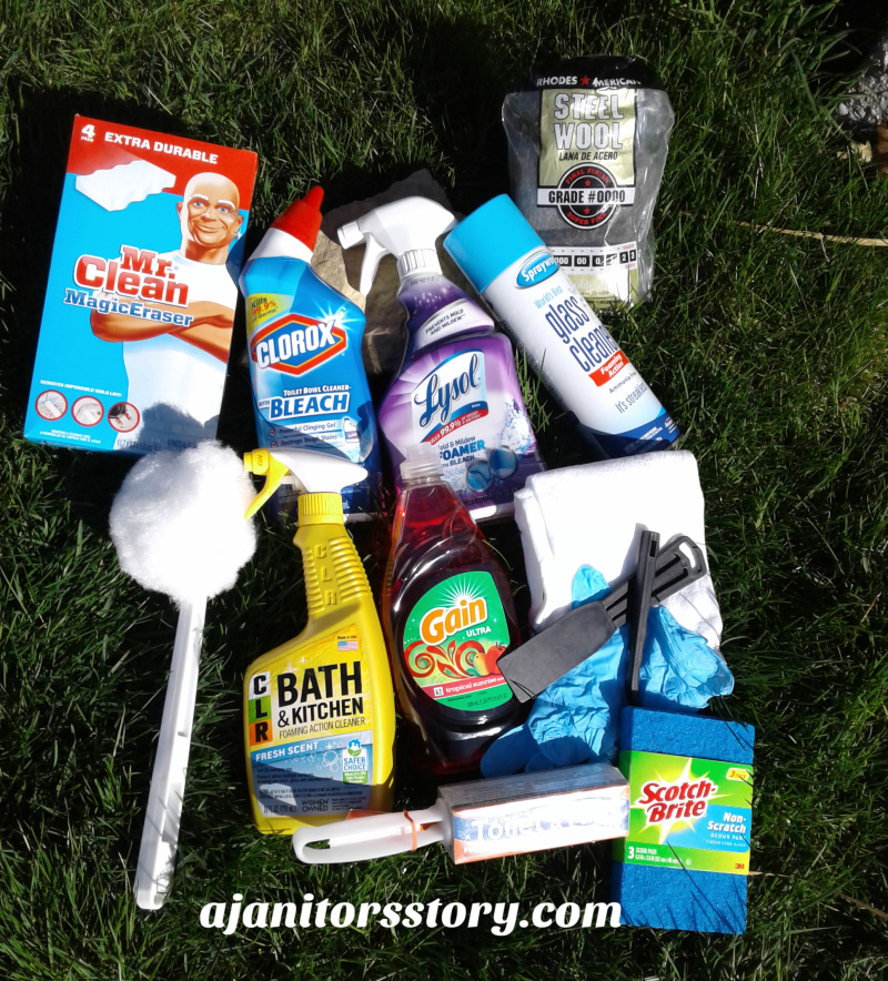 Best cleaning products for housekeeping. Traditional, natural, and non toxic cleaning supplies list.