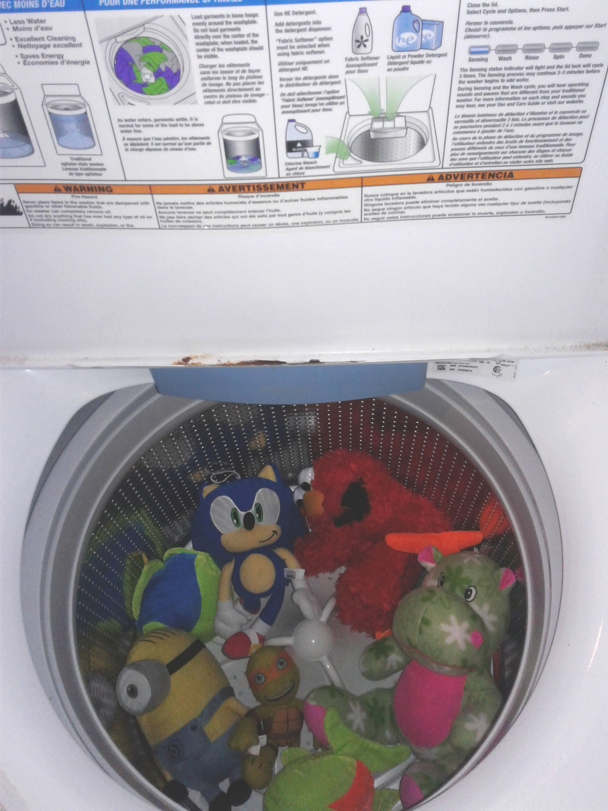 cleaning kids toys. stuffed animals in washer
